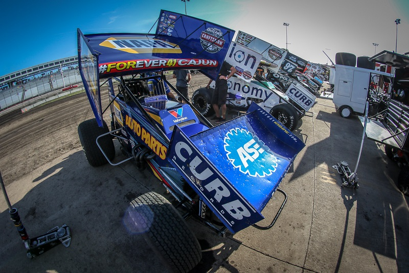 Brad-Sweet-Knoxville-Raceway-World-of-Outlaws-NAPA-49-work
