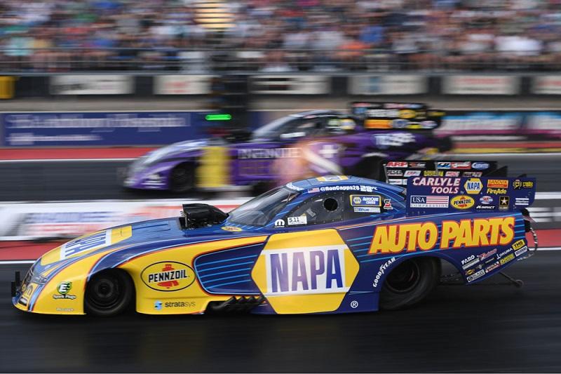 Ron-Capps-NAPA-AUTO-PARTS-NHRA-funny-car-Bandimere-2018-vs-Beckman