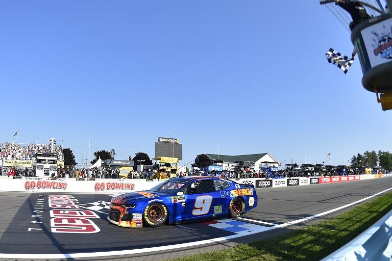 #9: Chase Elliott, Hendrick Motorsports, Chevrolet Camaro SunEnergy1