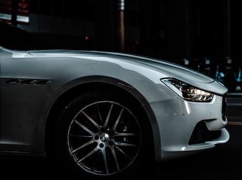 https://www.pexels.com/photo/close-up-photography-of-silver-car-1236710/