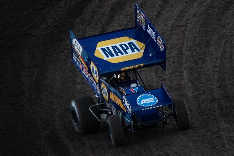 Brad Sweet NAPA AUTO PARTS sprint car Chico 2018 on track