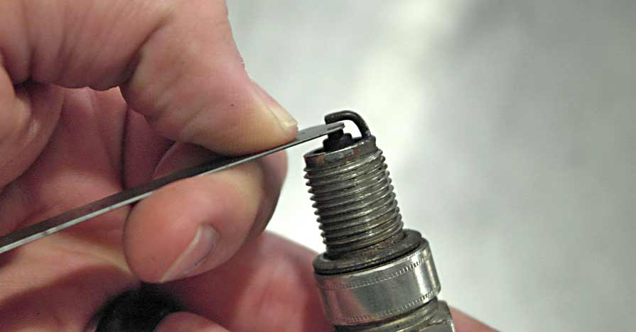 Know-How Notes: How To Set Spark Plug Gap