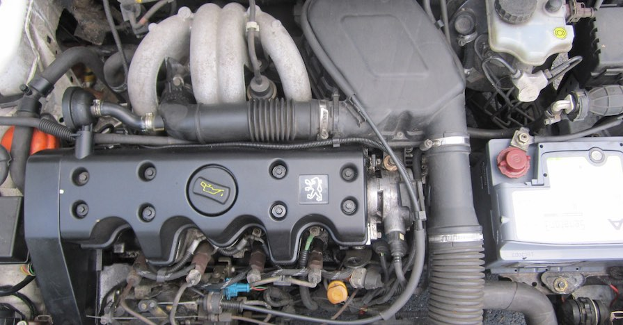 An uncovered diesel engine.
