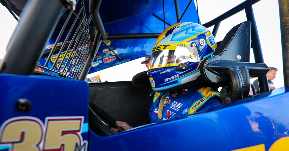 Brad-Sweet-Outlaws-points-lead-NAPA-AUTO-PARTS-49-sprint-car-office