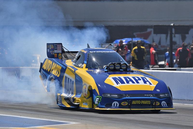 Ron Capps Charlotte 4-wide NAPA AUTO PARTS funny car NHRA burnout
