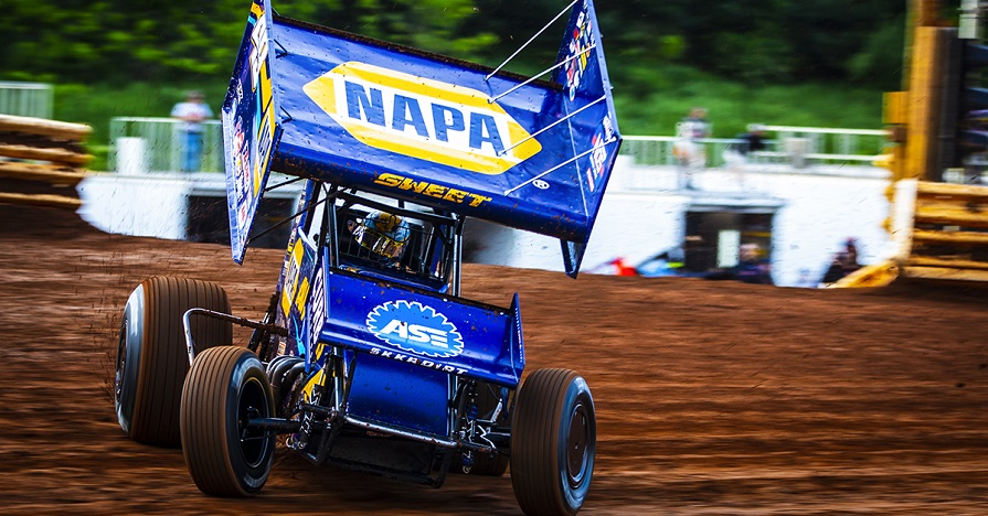 Brad Sweet NAPA AUTO PARTS 49 Outlaws sprint car Lincoln Williams Grove 2019