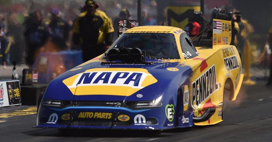 Ron Capps NAPA Pennzoil NHRA Funny Car Norwalk 2019