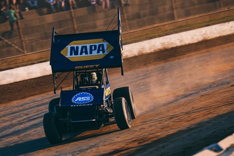 Brad Sweet World of Outlaws sprint car NAPA AUTO PARTS KKR Hartford