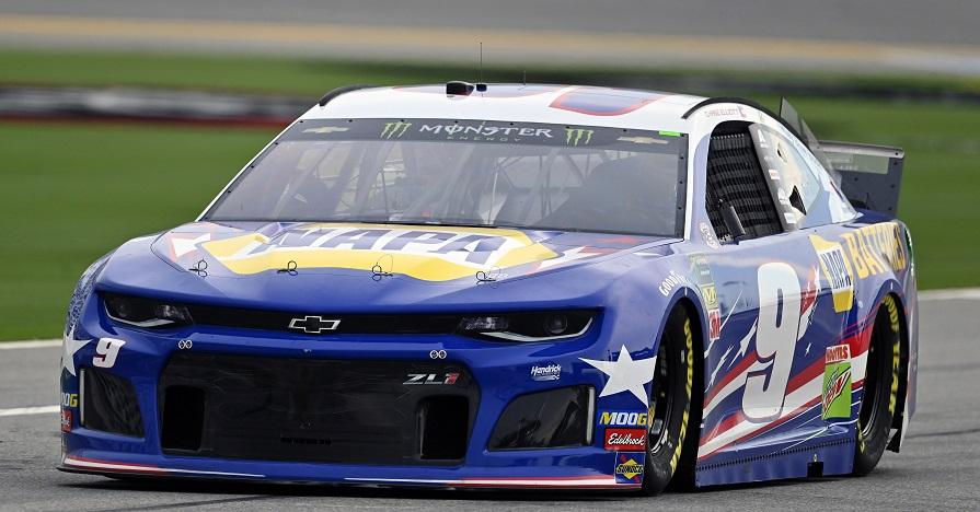 #9: Chase Elliott, Hendrick Motorsports, Chevrolet Camaro NAPA Batteries