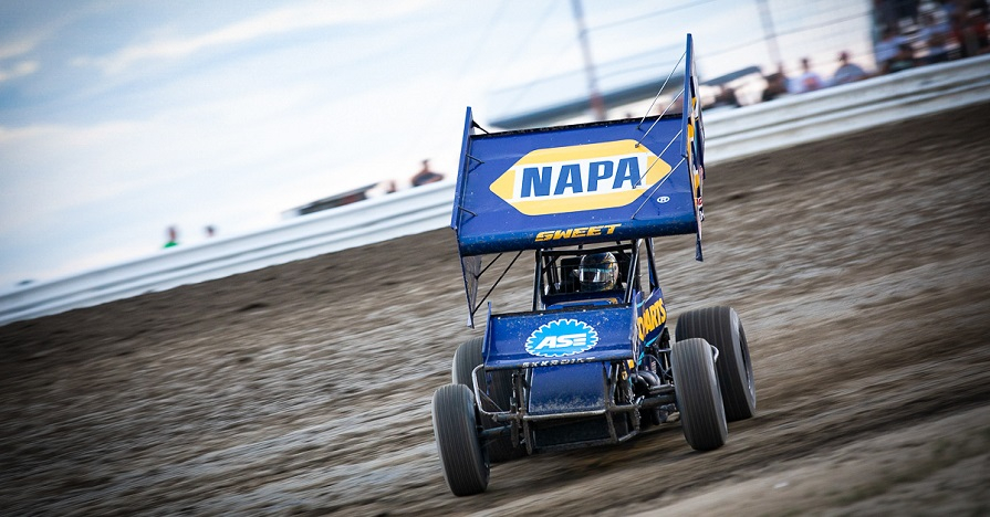 Brad Sweet Black Hills Big Sky NAPA AUTO PARTS 49 Outlaws sprint car