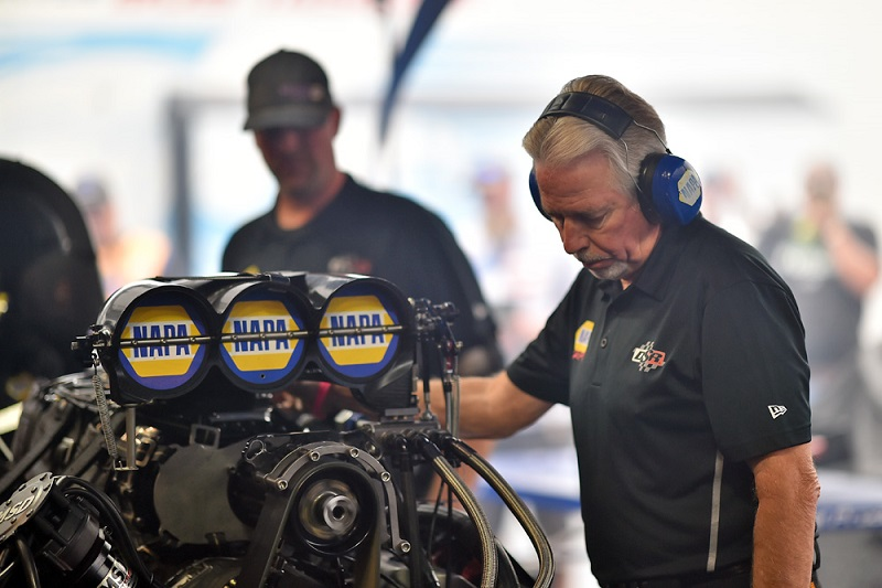 Ron Capps NAPA NightVision funny car NHRA Carolina Nationals 2019