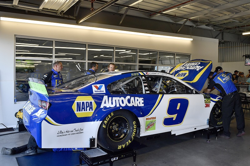 #9: Chase Elliott, Hendrick Motorsports, Chevrolet Camaro NAPA Autocare Center