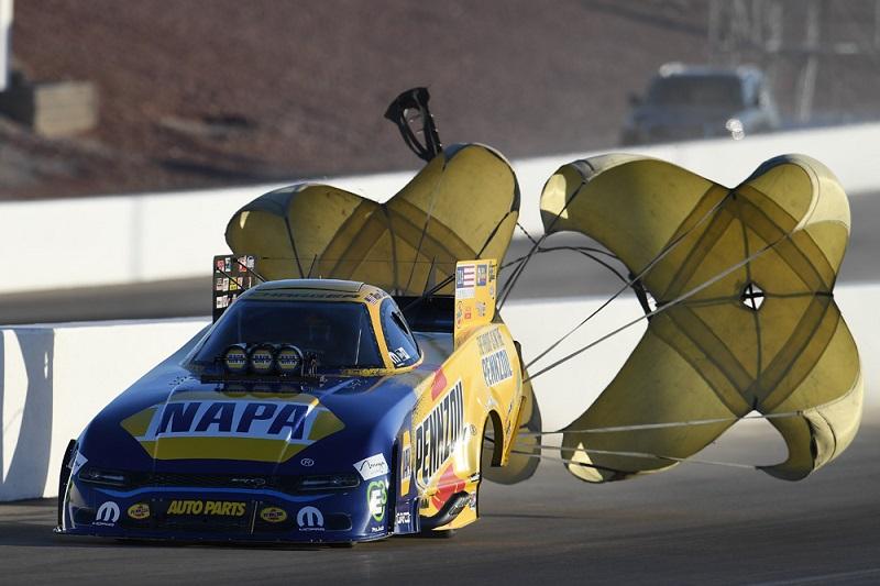 Ron Capps Las Vegas 2019 NHRA Countdown NAPA AUTO PARTS funny car