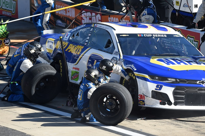 BRISTOL, TENNESSEE - MAY 31: Chase Elliott, driver of the #9 NAPA Auto Parts Chevrolet, pits during the NASCAR Cup Series Food City presents the Supermarket Heroes 500 at Bristol Motor Speedway on May 31, 2020 in Bristol, Tennessee. (Photo by Jared C. Tilton/Getty Images)