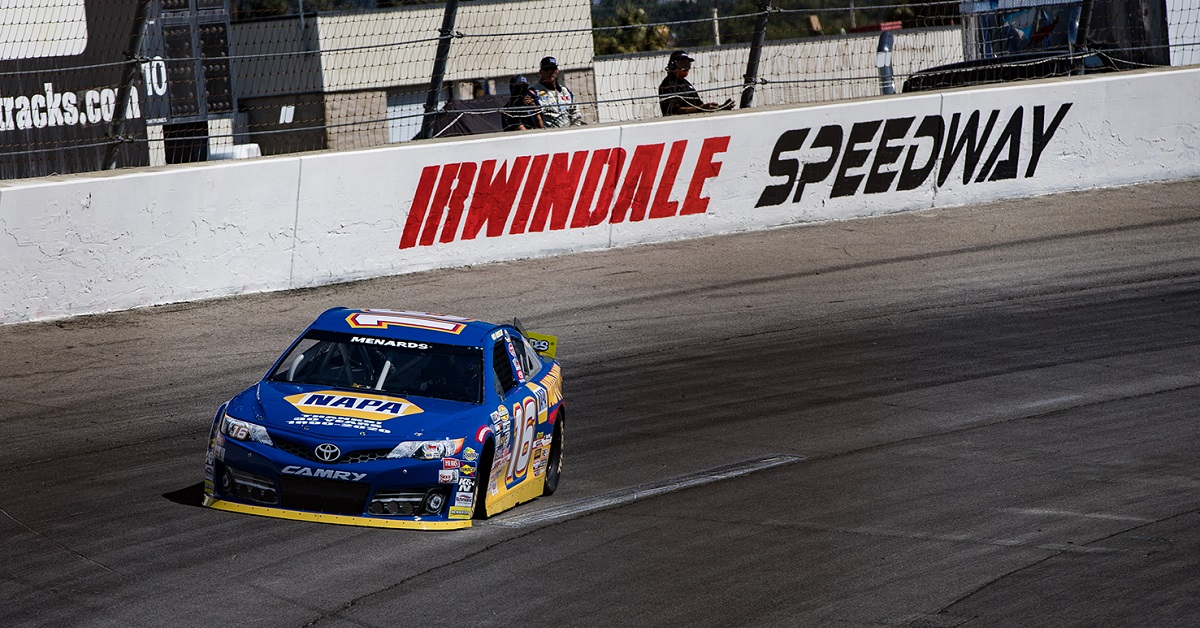 Scelzi Battles for Podium at Irwindale