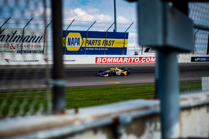 |Photographer: Kenneth Midgett|Event: Bommarito Automotive Group 500|Circuit: World Wide Technology Raceway|Location: Madison, Illinois|Series: NTT IndyCar Series|Country: United States|Session: race|Team: Andretti Autosport|Car: Dallara DW12 UAK18|Car: Honda|Number: 27|Driver: Alexander Rossi|