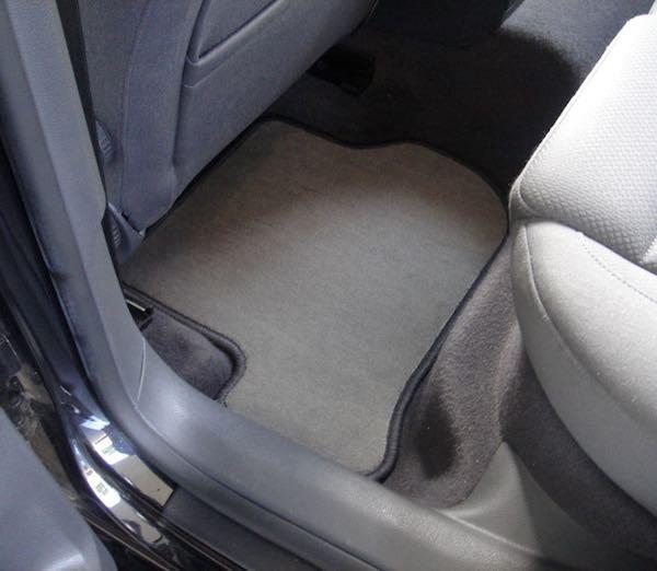 seasonal car mats