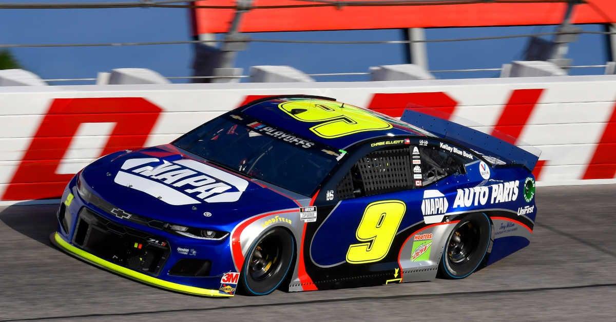 #9: Chase Elliott, Hendrick Motorsports, Chevrolet Camaro NAPA Auto Parts Throwback