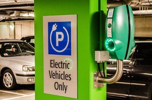 https://pixabay.com/photos/electric-parking-vehicle-2778403/