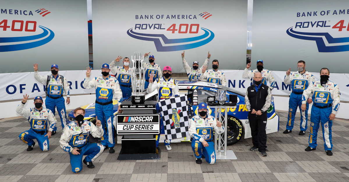 #9: Chase Elliott, Hendrick Motorsports, Chevrolet Camaro NAPA Auto Parts celebrates his win