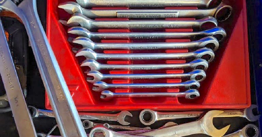 Overflow wrench drawer