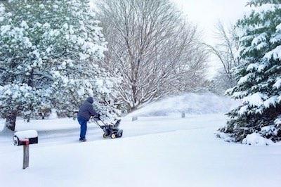 https://pixabay.com/photos/snow-snow-blowing-snowblower-1901847/