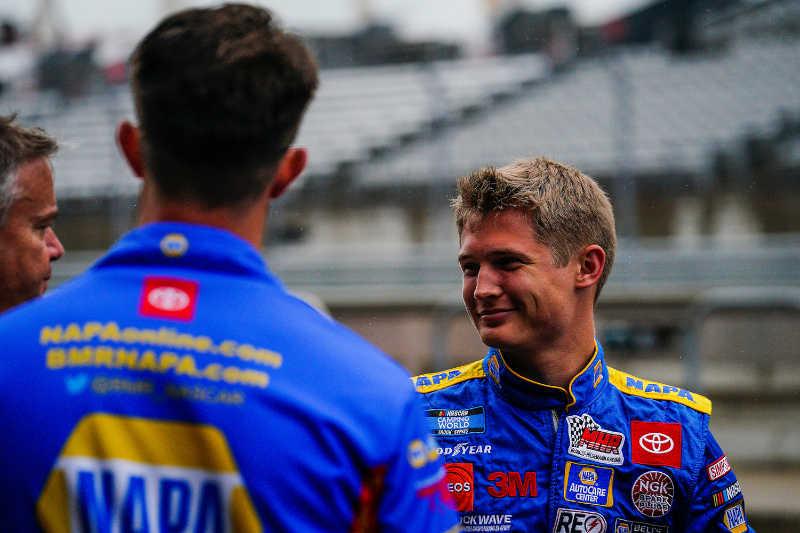 #19: Derek Kraus, McAnally Hilgemann Racing, Toyota Tundra NAPA AutoCare