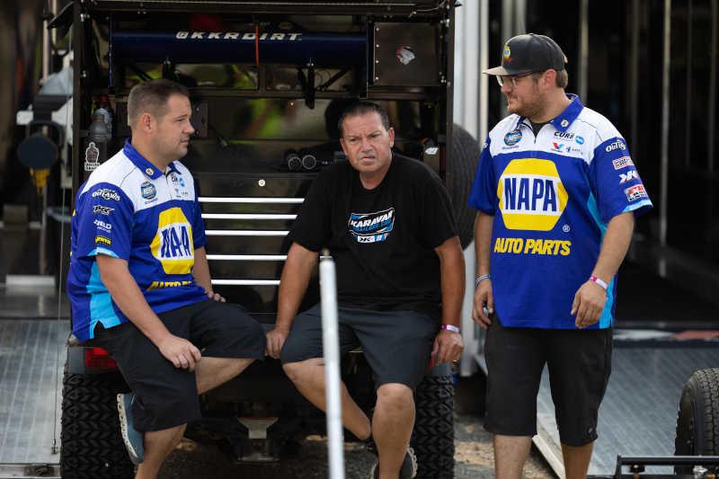 Brad Sweet NAPA AUTO PARTS 49 Eldora 2021 KKR crew chat