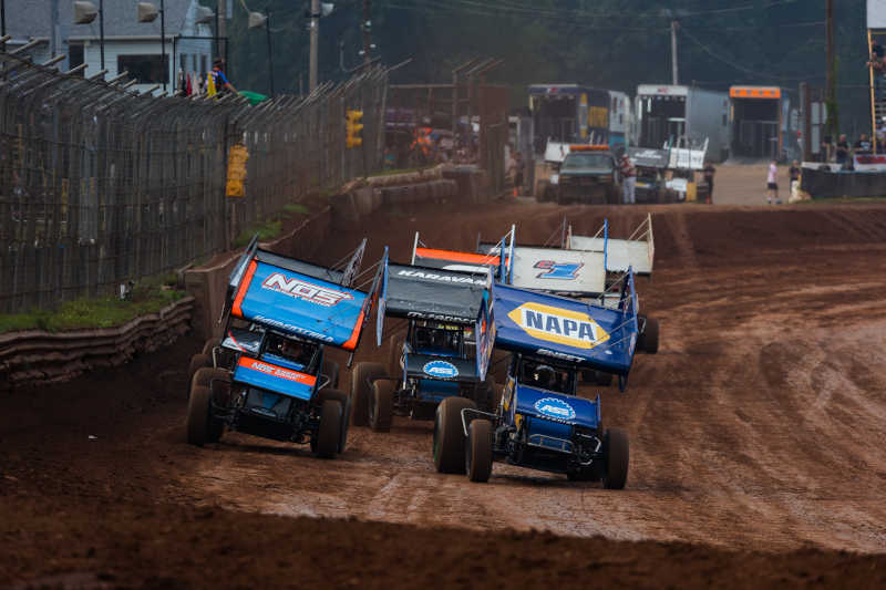 Brad Sweet NAPA AUTO PARTS 49 World of Outlaws Lernerville