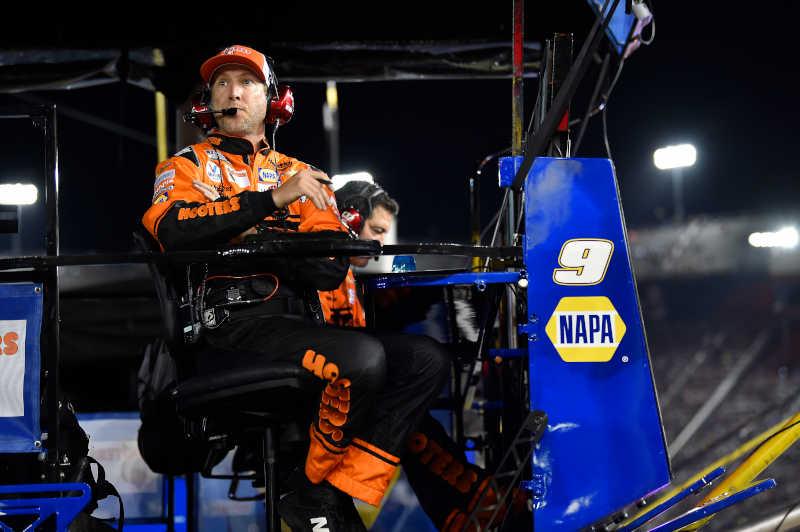 Alan Gustafson, #9: Chase Elliott, Hendrick Motorsports, Chevrolet Camaro Hooters